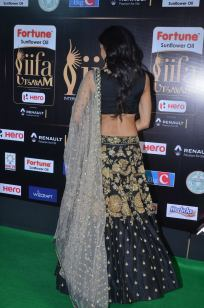 subra ayyappa hot at iifa awards 2017DSC_63800094