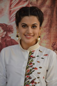 tapsee at name shabhana promotion press meetHAR_33270092