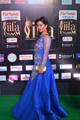 tejaswi hot at iifa 201739