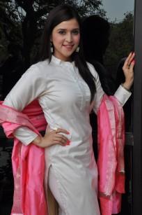 telugu actress mannara chopra hotDSC_0307