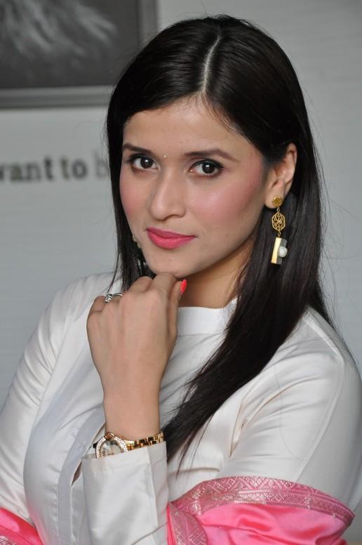 telugu actress mannara chopra hotDSC_0515