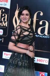 vimala raman hot at iifa awards 201714
