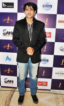 Actor Hiten Tejwani at the finale of 'ARF Mrs. India 2017' Beauty Pageant was held at Sahara Star, Mumbai