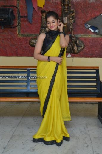 aswini hot in yellow saree 2017Aswini (189)_wm