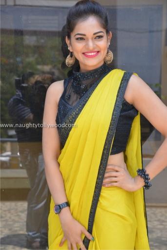 aswini hot in yellow saree 2017Aswini (20)_wm