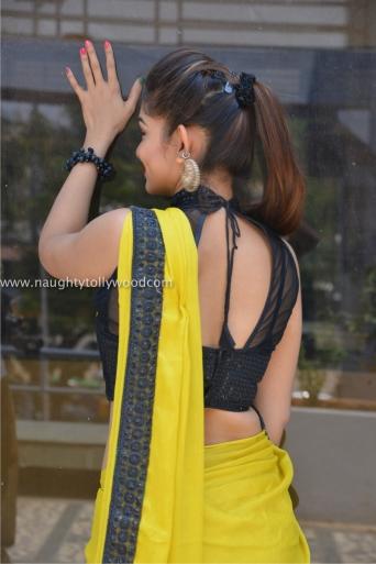 aswini hot in yellow saree 2017Aswini (46)_wm