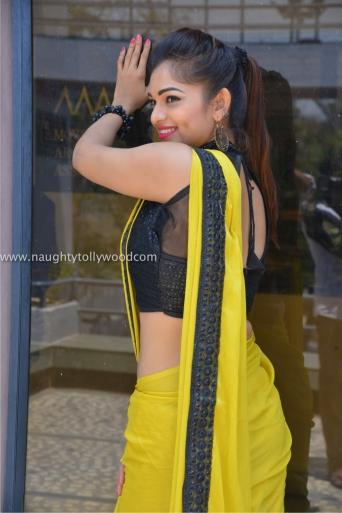 aswini hot in yellow saree 2017Aswini (54)_wm