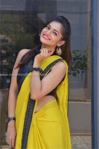 aswini hot in yellow saree 2017Aswini (71)_wm