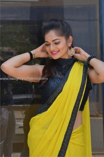 aswini hot in yellow saree 2017Aswini (84)_wm