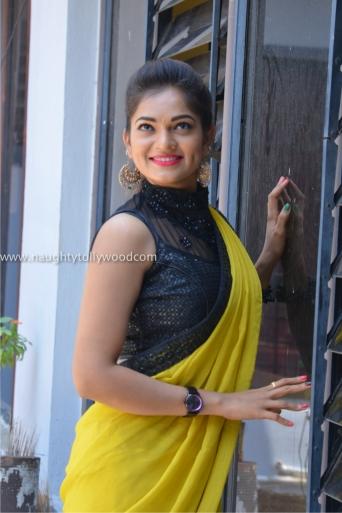 aswini hot in yellow saree 2017Aswini (98)_wm