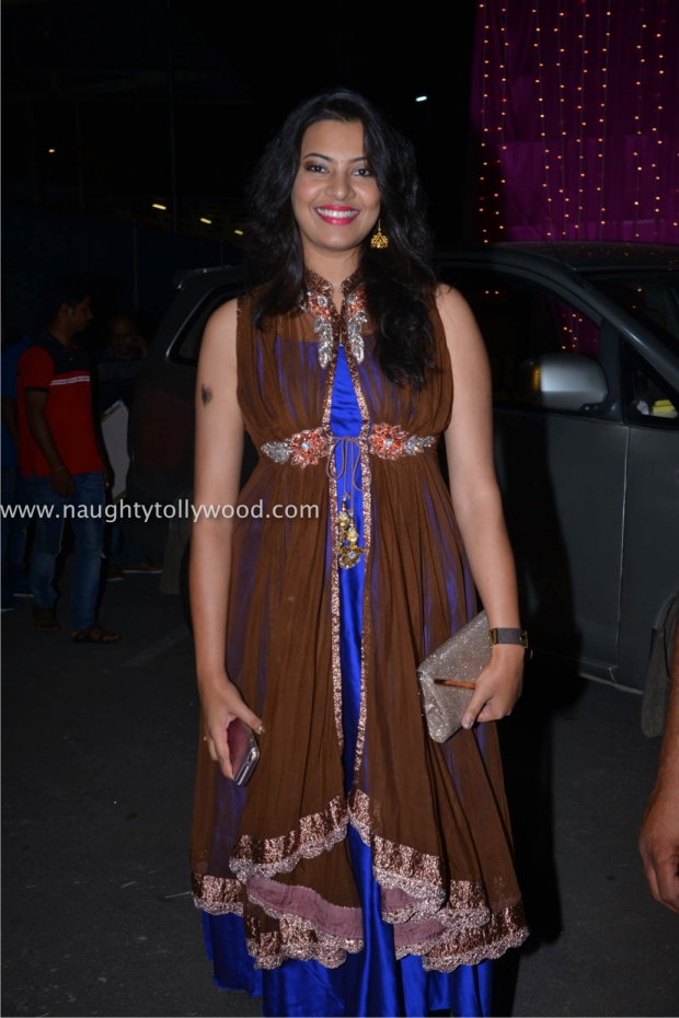 celebs2 at zee apsara awards00102_wm