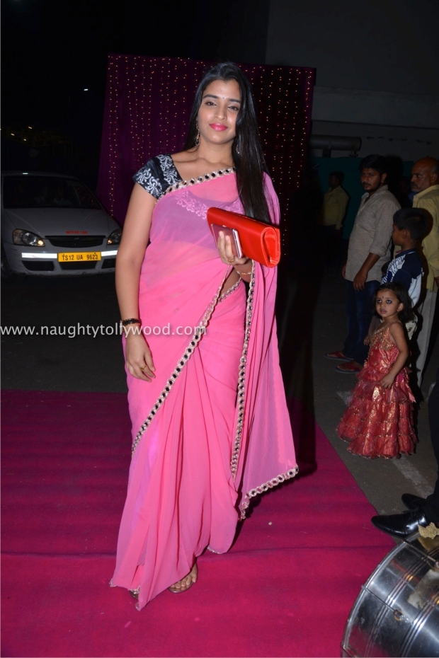 celebs2 at zee apsara awards00111_wm