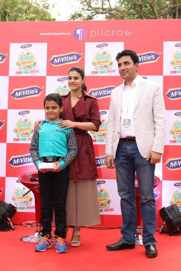 kajol launches mcvites IMG_2000