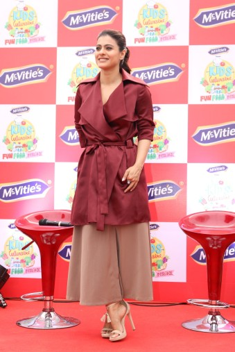 kajol launches mcvites IMG_2008