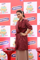 kajol launches mcvites IMG_2034
