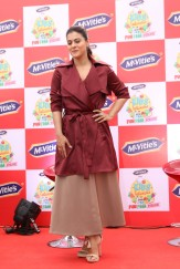 kajol launches mcvites IMG_2043