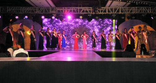 Participants at the finale of 'ARF Mrs. India 2017' Beauty Pageant was held at Sahara Star, Mumbai.11