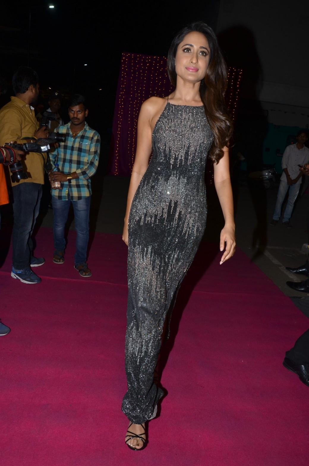 Pragya Jaiswal hot at zee apsara awards00035
