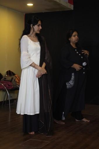 prathyusha banerjee with kamya punjabiIMG_9949
