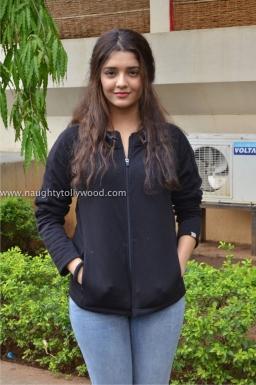ritika singh hot in guru 2017Rithika Singh (18)ritika singh hot 2017