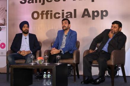 sanjiv kapoor mobile app launchIMG_1200