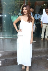 shilpa shetty hot in white 2017IMG_2094_wm