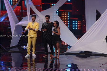 sonakshi sinha hot at nach baliye 2017IMG_3572_wm