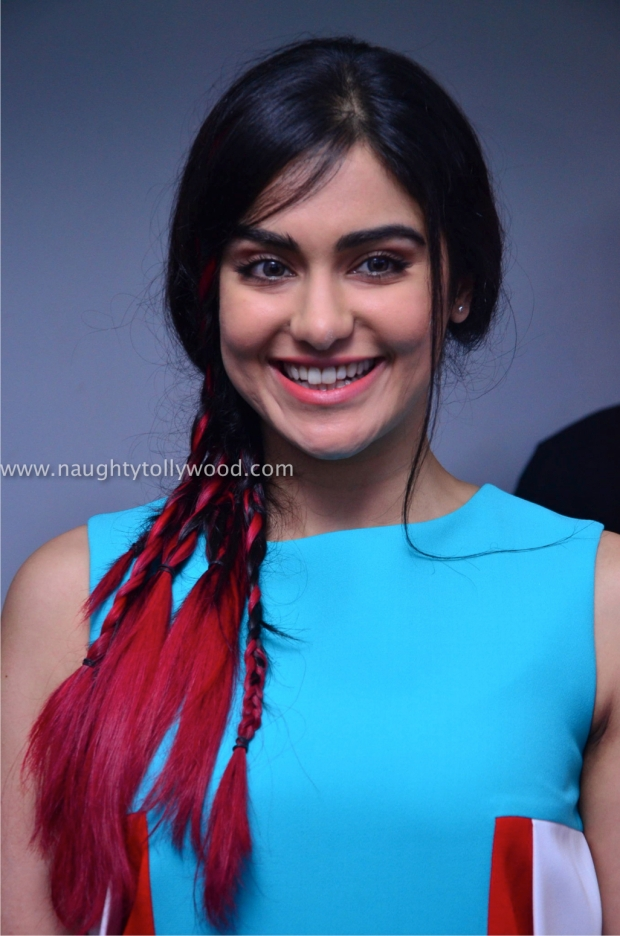 adah sharma hot oppo mobile launch47_wm