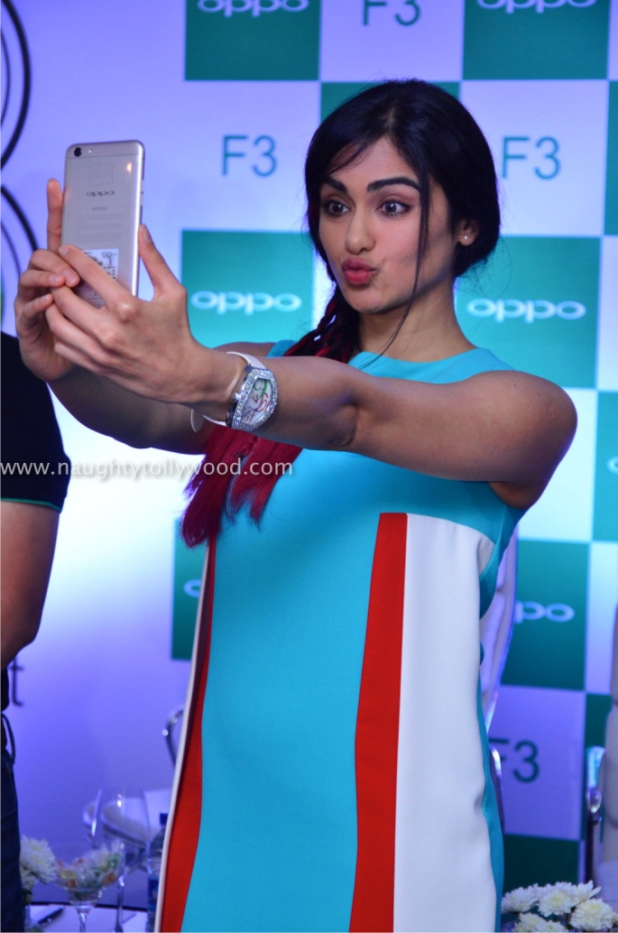 adah sharma launches oppo mobile 34_wm