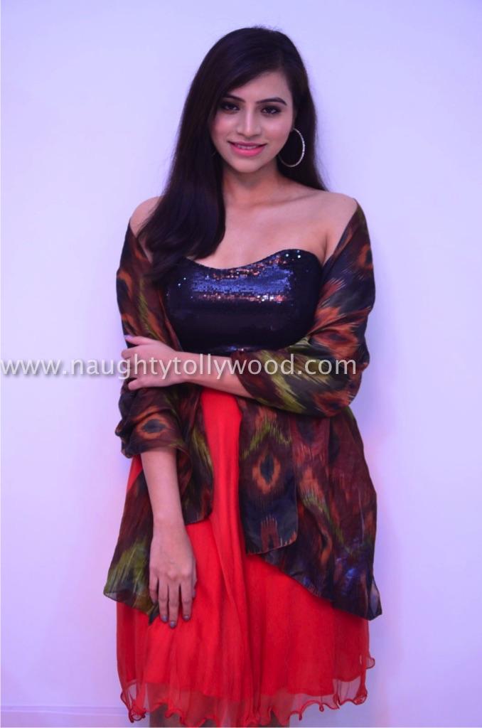 priyanka hot 2017 telugu actress2_wm